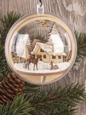 Vianočný drevený výrez kruh - dedinka