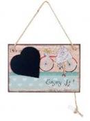 Drevená tabuľka s kriedou - Life is a journey