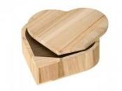 Drevená krabička - srdce - 15 x 14 x 5 cm